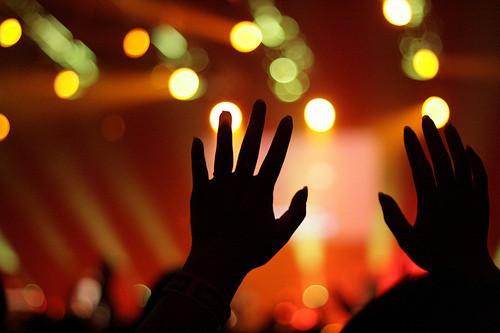 worship.hands